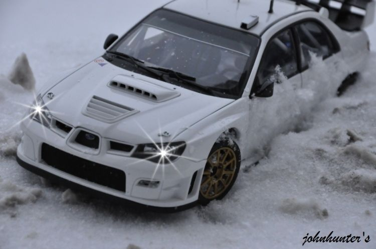 1/18 Subaru Wrc plain body snow shots