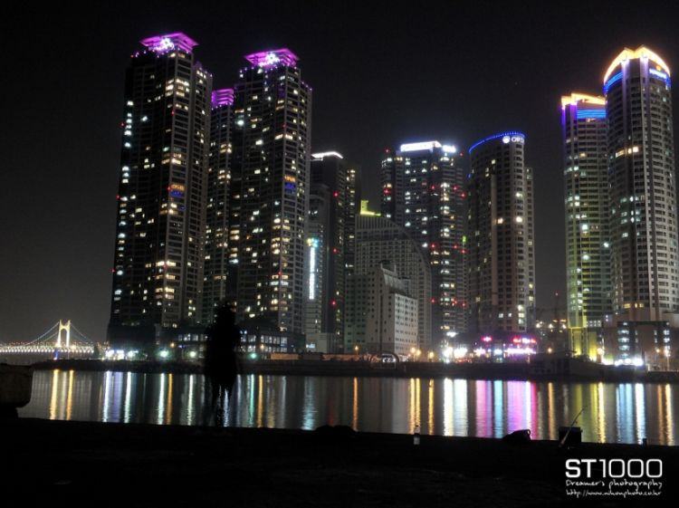 Pusan at night