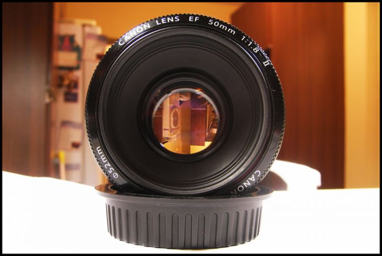 FOR SALE : 50mm f1.8 II