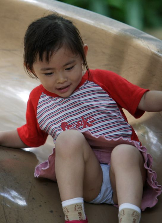 little_girl_sliding