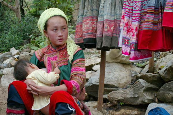 Mother and child, Cocli Market, Vietnam