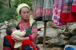 14355Mother_child_Cocli_Market_Vietnam.jpg