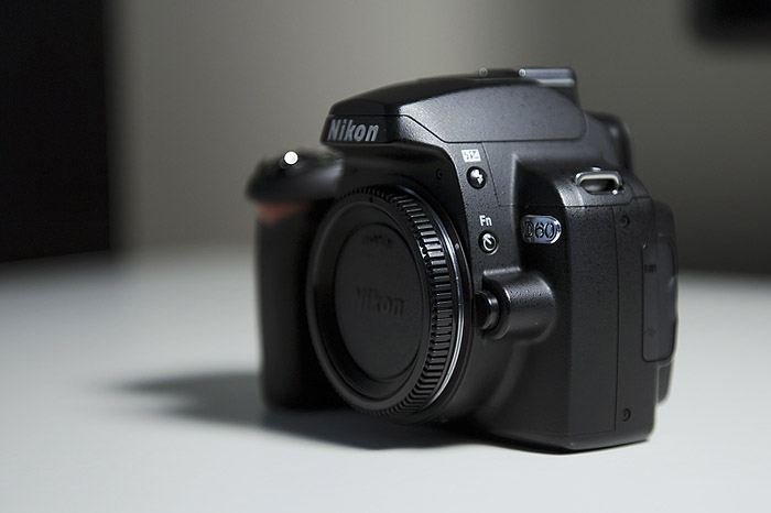 Nikon D60-front right